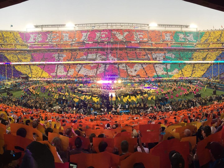 Love Button Makes Sweet Music at Super Bowl 50