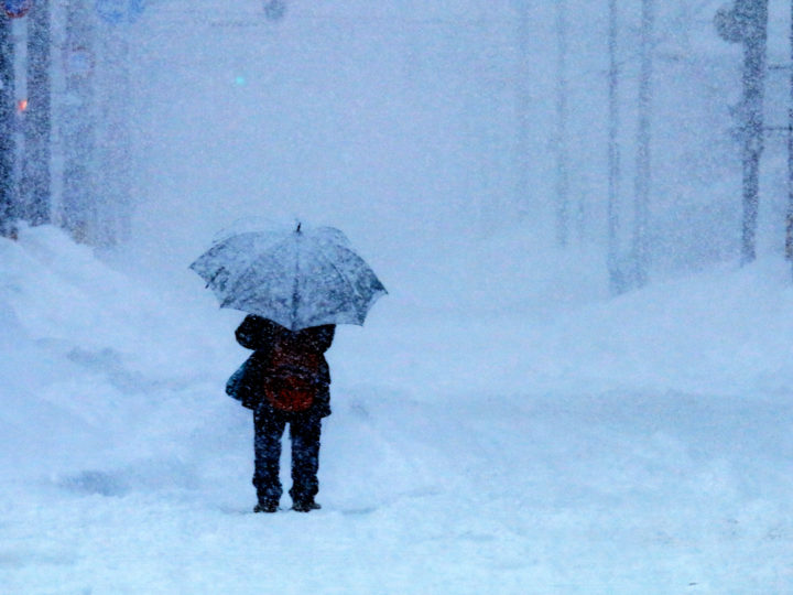 Surgeon Walks in Blizzard for Patient