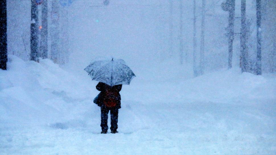 Surgeon walks in blizzard