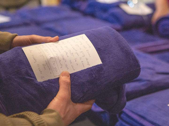 Brothers Deliver Blankets to Homeless With Loving Notes Attached