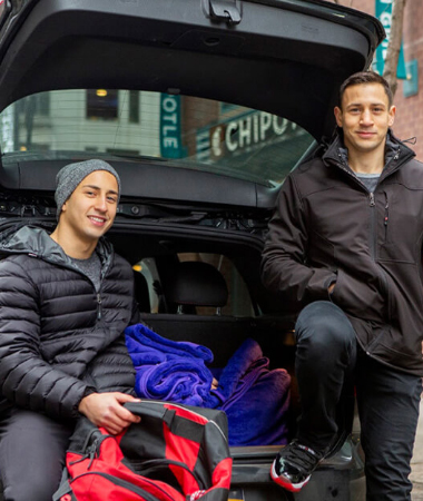 Brothers Deliver Blankets to Homeless, With Loving Notes Attached