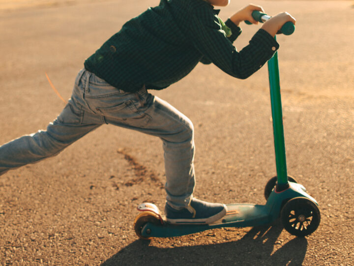 Neighbor Replaces Kid's Stolen Scooter