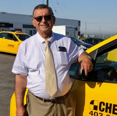 Cab Driver Has Been Delivering Groceries to Seniors for 15 Years